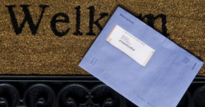 Belastingdienst-blauwe-envelop